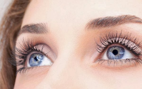 Tips for Attractive & Glowing Eyes