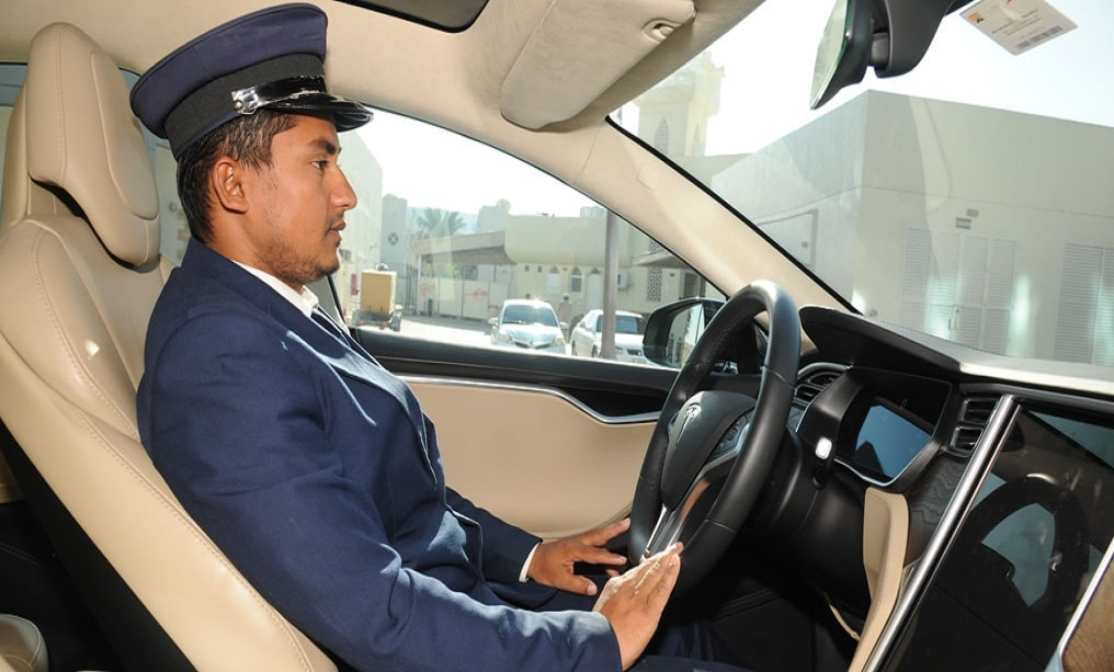 Hiring a Driver for a Day in Dubai